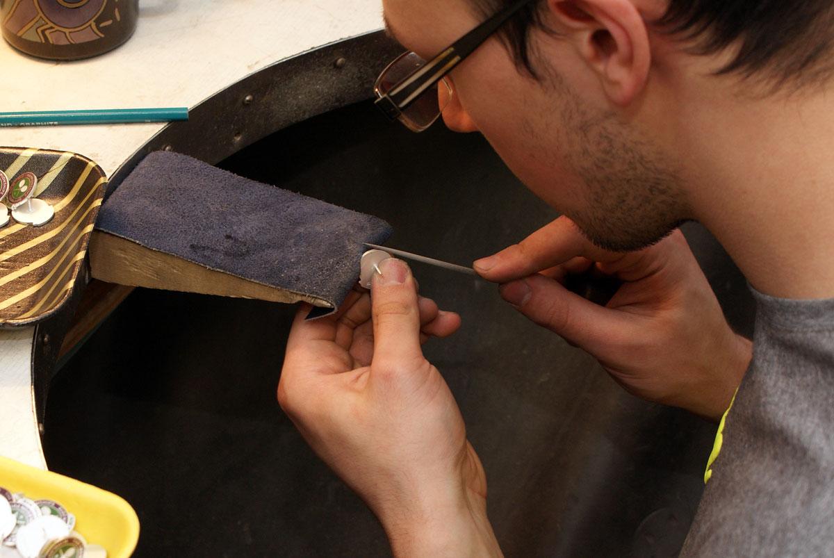 462719eba5e Rinnamärkide valmistamine on peen kunst – vaata ise! | Roman Tavast OÜ