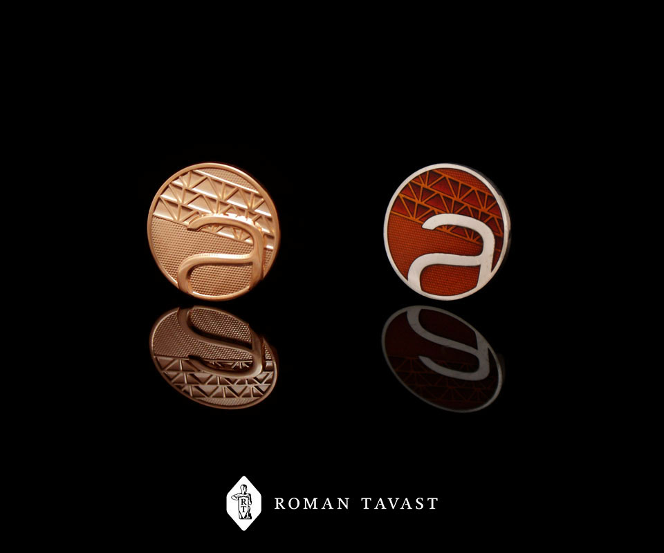 585 золотых и 925 серебряных эмалированных значков Astlanda Ehitus