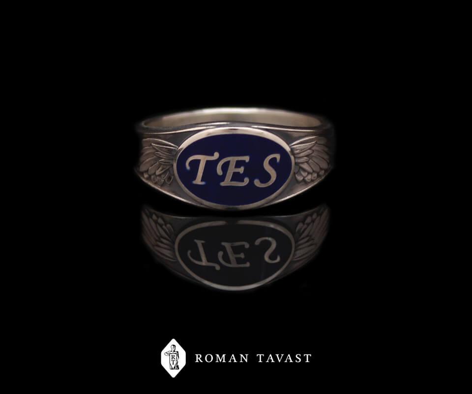 Выпускное кольцо Таллиннской европейской школы